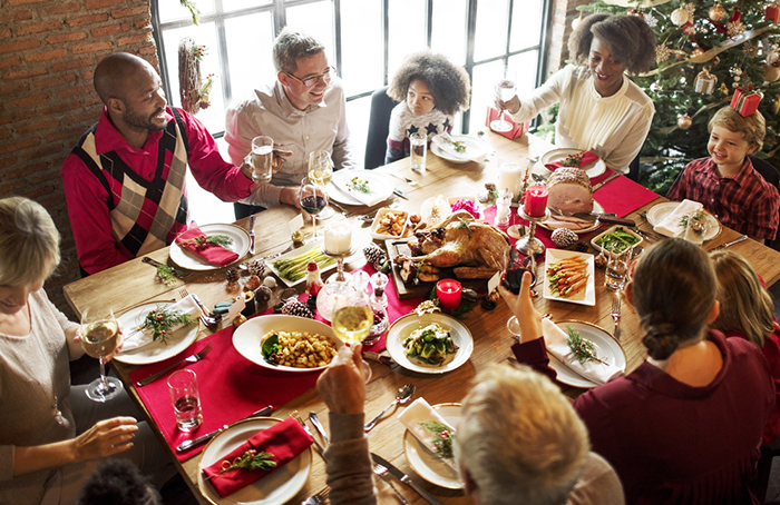 Six Reasons to Have Your Holiday Dinners Catered